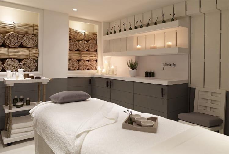 Hãy tinh tế chọn lọc những vật dụng trang trí phòng spa tại nhà cần thiết nhất