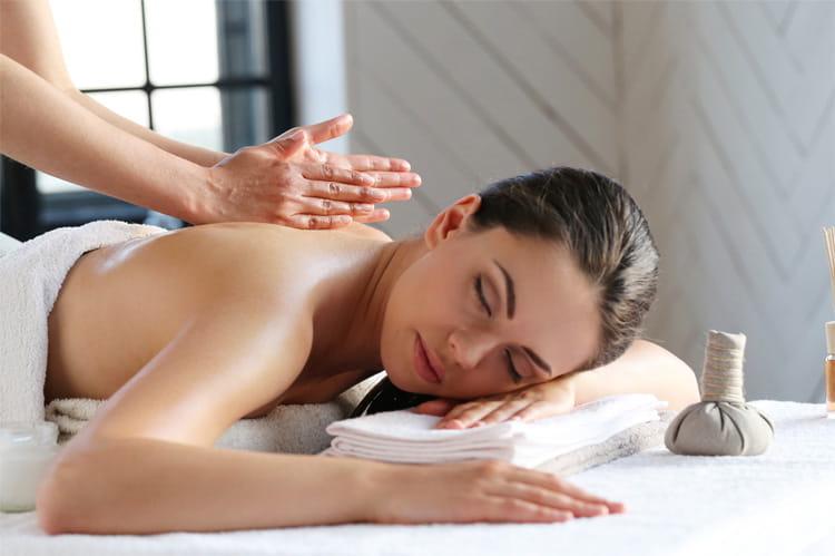 Mở spa có dịch vụ massage xoa bóp thì cần có điều kiện gì?