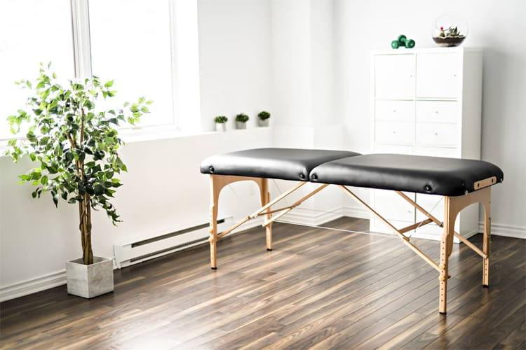 Giường spa gấp gọn cũng rất tiện dụng trong không gian spa tại nhà