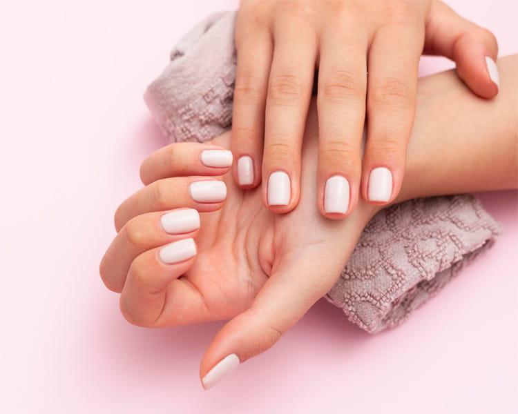 Luôn không ngừng cập nhật các mẫu nail mới hiện đang được yêu thích
